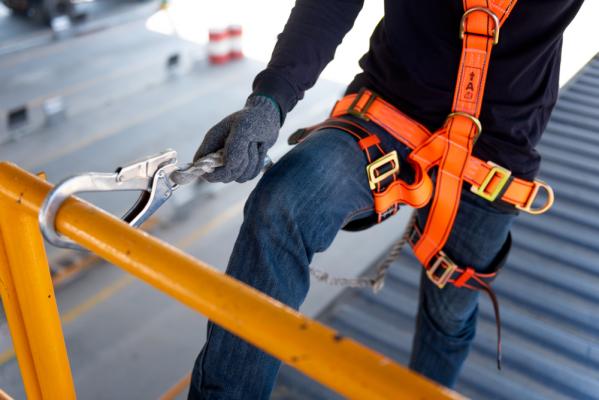 Faldsikring af arbejder løftegrej